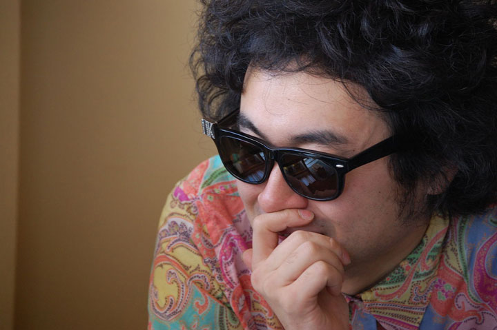 【Interview】前野健太、Qeticに初登場! 新作『オレらは肉の歩く朝』とは? その歌詞世界に迫る!! music130122_maeken_2976-1