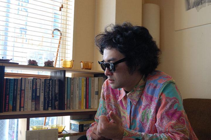 【Interview】前野健太、Qeticに初登場! 新作『オレらは肉の歩く朝』とは? その歌詞世界に迫る!! music130122_maeken_3041-1