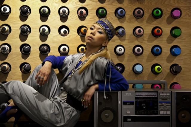 DJ SARASAが手掛ける高感度ストリートブランド<MYNORITY CLASSICS>で輝くべし。 news130404_sarasa_artist