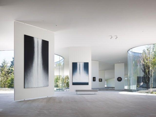 千住博氏代表作「The Fall」が特別展示空間にて18年ぶりに一般公開。 news130604_senjyu_1