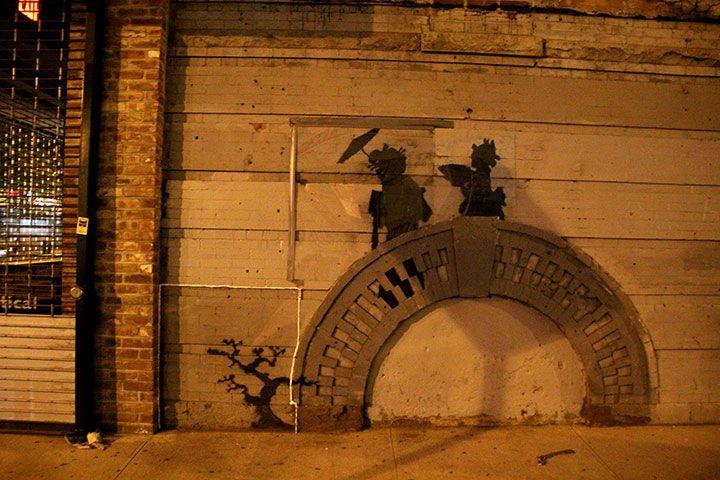 バンクシー「Better Out Than In」現地レポ! アンチ&警察との攻防などで盛り上がるNYCを追った art131025_banksy_ny_4664
