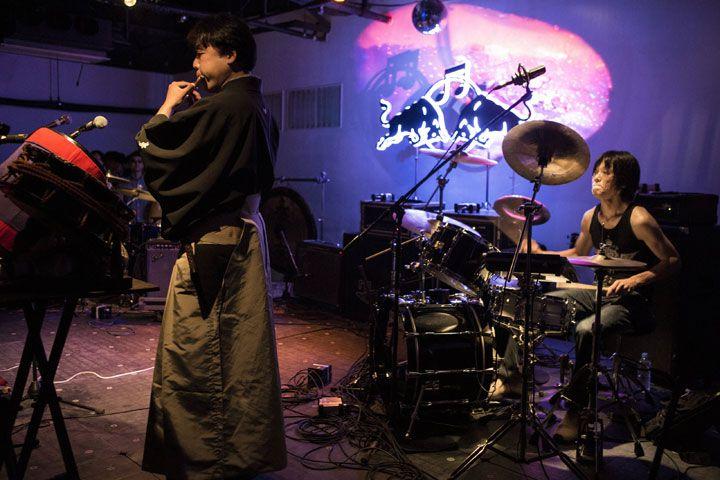 【レポート】総勢197名のアーティストが集結した夢の4日間<Red Bull Music Academy Weekender Tokyo>、全7公演を総力レポート! feature131114_rbmaw-repo1102_damosuzukisnetwork_peremasramon-024