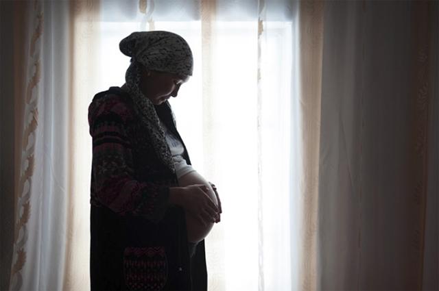 気鋭の女性写真家、林典子が写した真実の姿。「キルギスの誘拐結婚」が発売 art140630_kyrgyz_sub4
