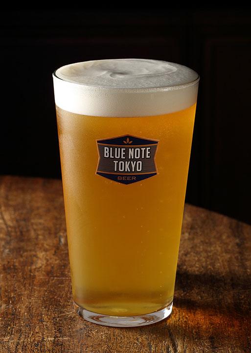 【カフェレポ】ブルーノート・ジャパンが手がけた自由が丘の新カフェは理想的な場所だった food141020_bluebooks_beer