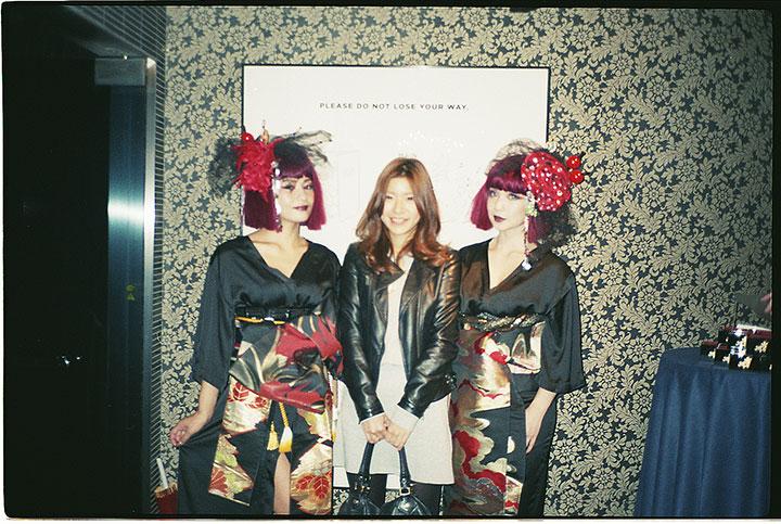 コウキシン女子の初体験 Vol.06 Mayu Yamaguchi:dining&bar KITSUNE food141113_kitsune_entrance_4
