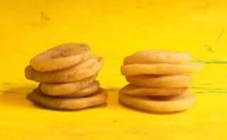 カルビー史上最厚級「ポテトデラックス」その厚さ通常のポテトチップスの約3倍!?