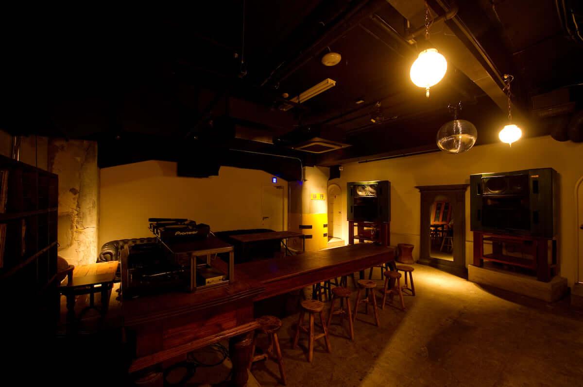 【クラブ初心者必見】SOUND MUSEUM VISION徹底解剖|カルチャーの発信地・渋谷にあるクラブの魅力とは? SOUND-MUSEUM-VISION1-1200x798