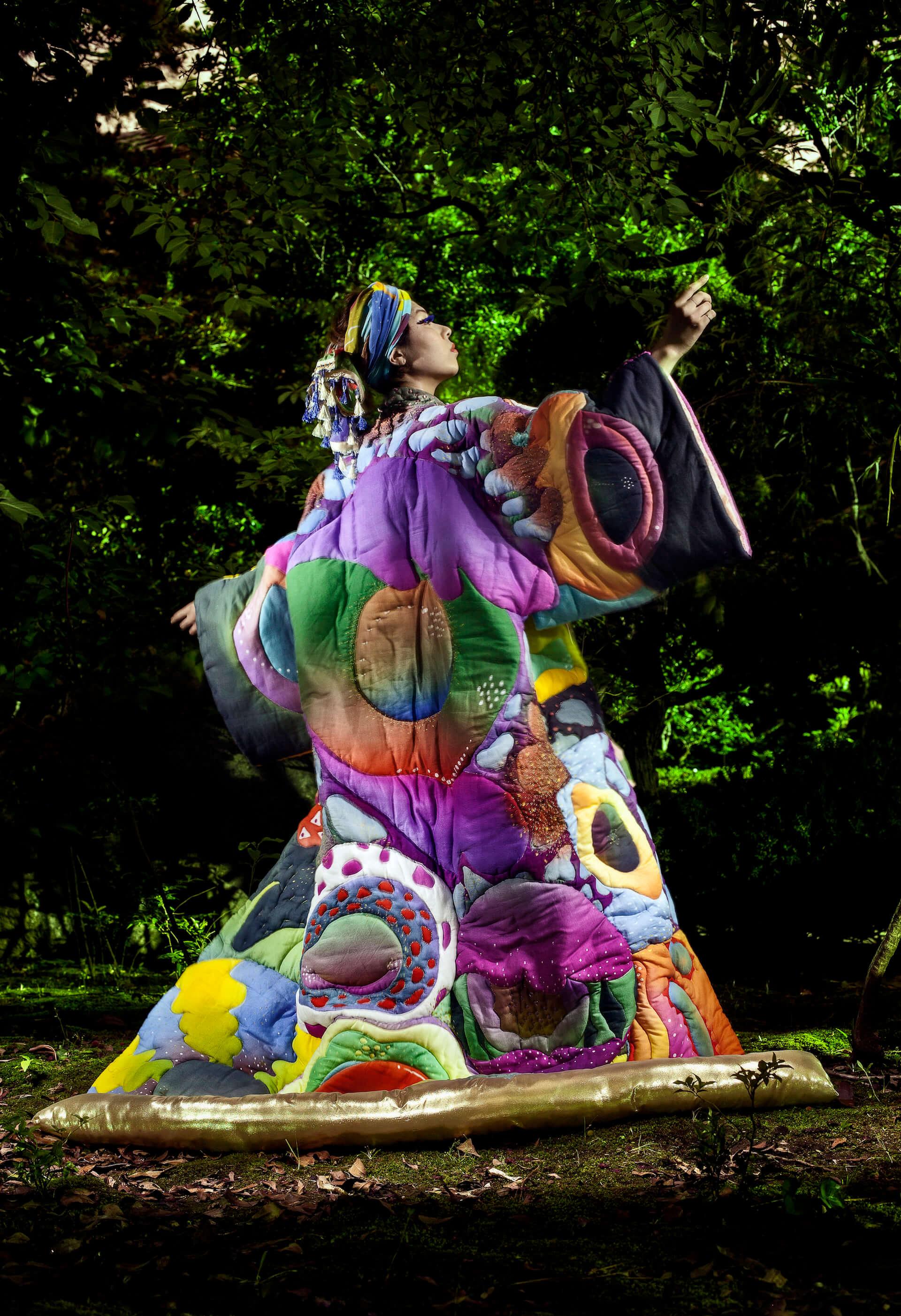 Akari Uragami インタビュー|UKのベースミュージックからカリフォルニアへ 自分と国境の揺らぐ存在を縛る。 interview181210-akariuragami-kewl-eita-8-2-1920x2802