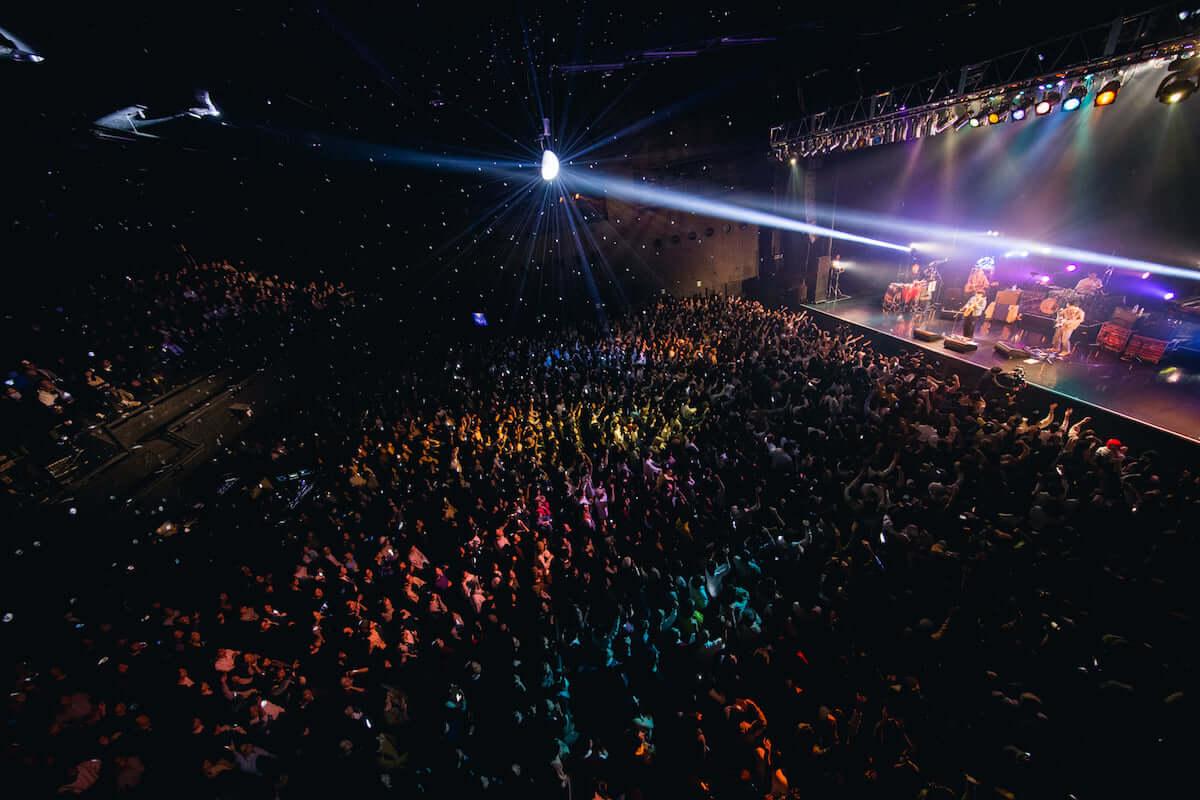 Yogee New Waves「CAN YOU FEEL IT TOUR」最終公演の三宅正一によるライブレポートが到着 music181216-yogeenewwaves-3-1200x800