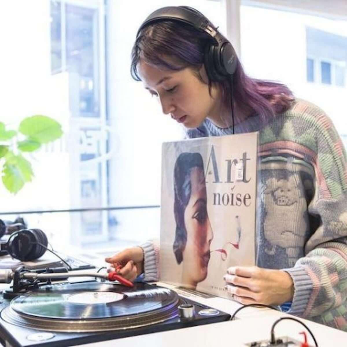 アーティストの選んだレコードが届くサービス「PERSONAL BUYER」がスタート 第一弾にはD.A.N.、Ovall、Yuka Mizuharaが登場 music181226-personalbuyer-3-1200x1200