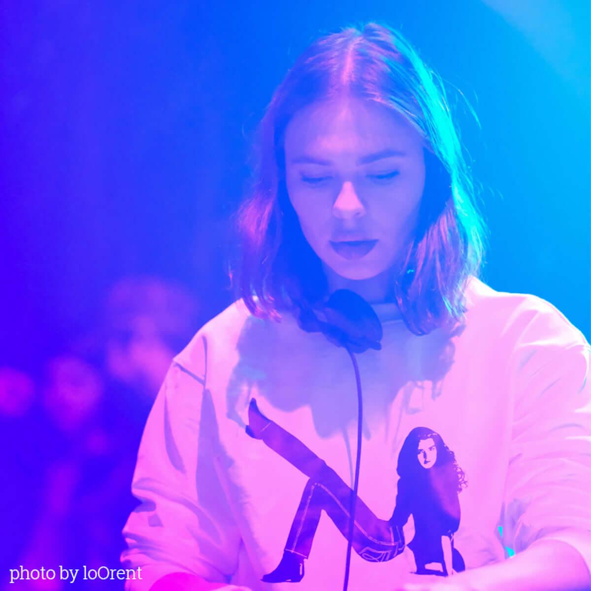 2019年最初のトリップを誘発。Nina Kravizが渋谷・Contactのニューイヤーパーティに登場 music190105-nina-kraviz-contact-new-years-party-2019-1-1200x1200