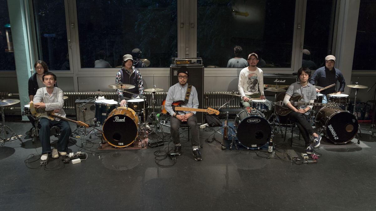 お久しぶり、東京。サンガツが5年ぶりとなる東京公演をWWWにて開催|4つのドラムと2つのギターと1つのベース music190110-sangatsu-2