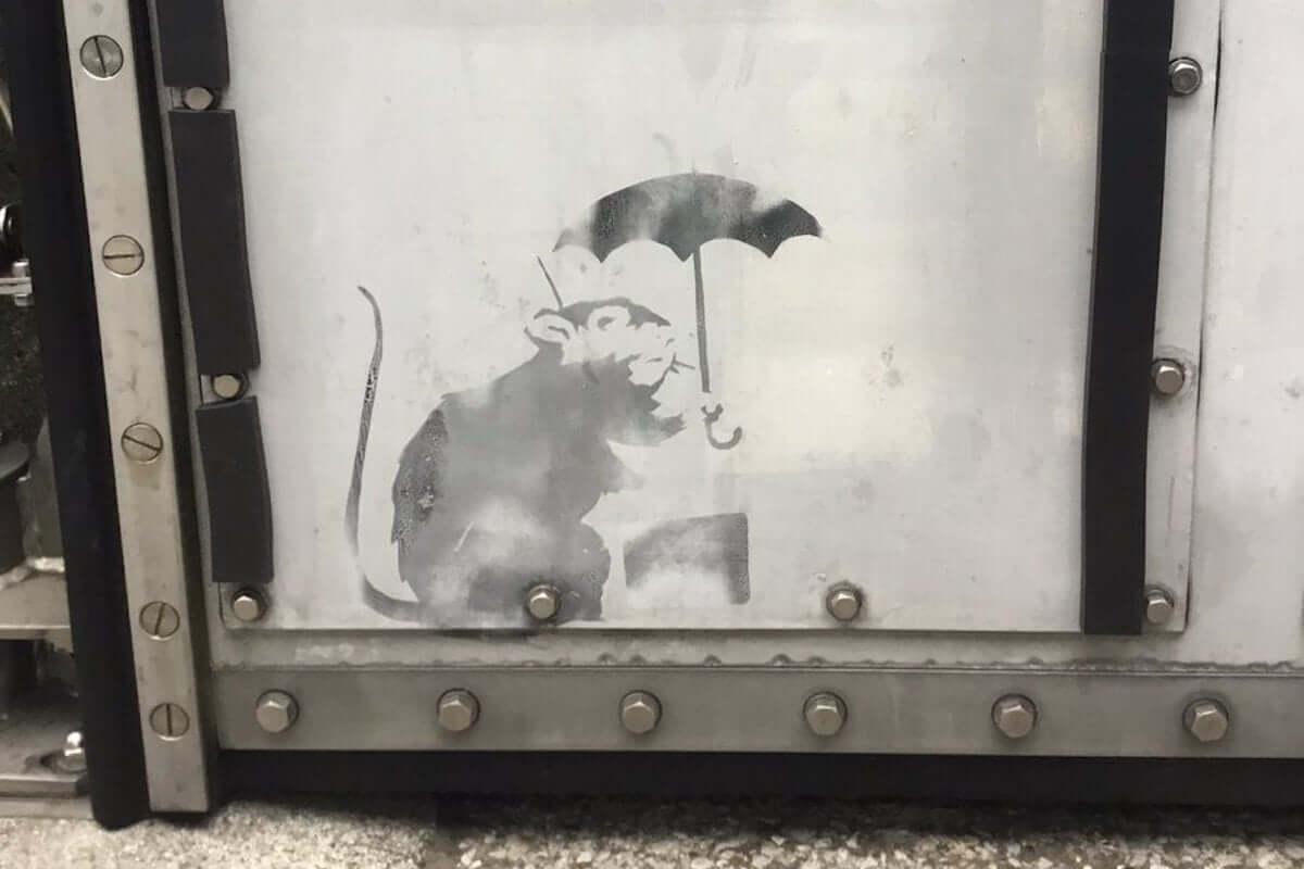 ラジオ番組『Tokyo Brilliantrips』連動!都内で発見された「本物」のバンクシーの絵などをご紹介 art-culture190118-banksy-tokyo-2-1200x800