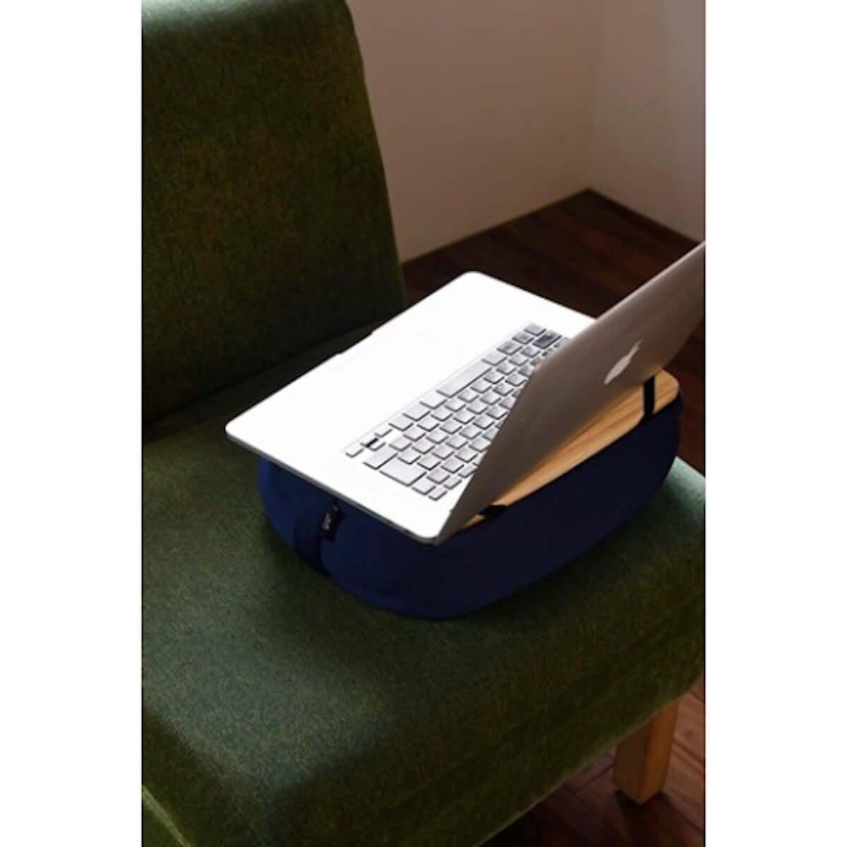 【ズボラ発明】ベッドやソファで活躍する万能携帯クッションテーブルがヴィレヴァンオンラインに登場! life-fashion19018-vvstore-5-1200x1200