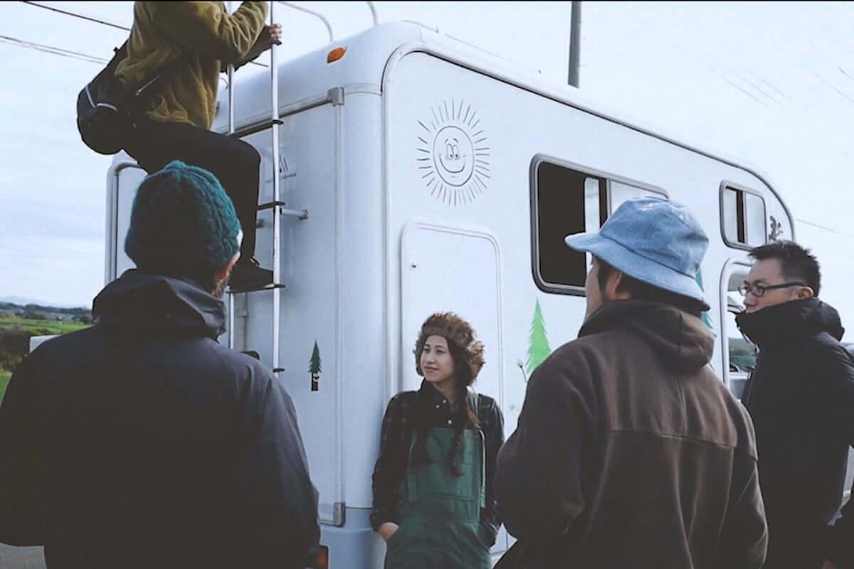 キャンピングカーの新たな利用法を提案。NATIVE CARAVANがコンセプトムービーを公開 life-fashion190220-native-caravan-1-1200x800