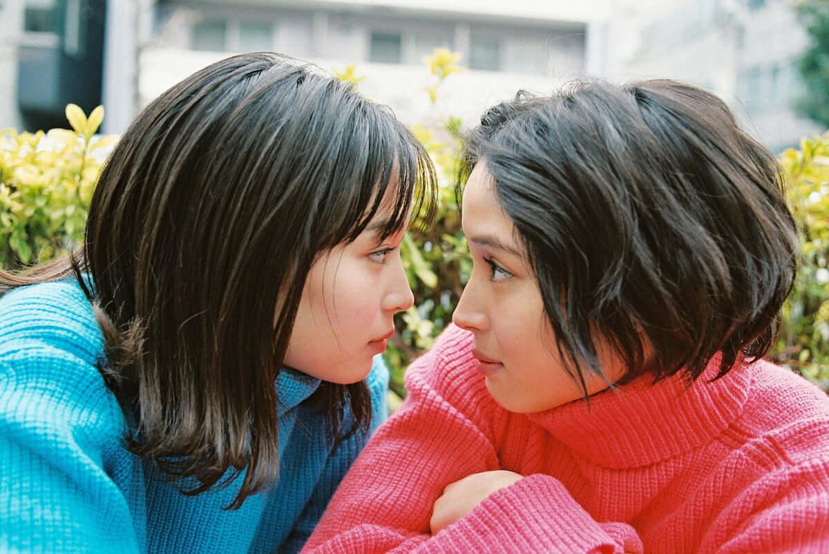 広瀬アリス、広瀬すず初の姉妹写真展が3月からスタート|撮り下ろし作品の一部を公開 art190223_hirose_2-1200x802