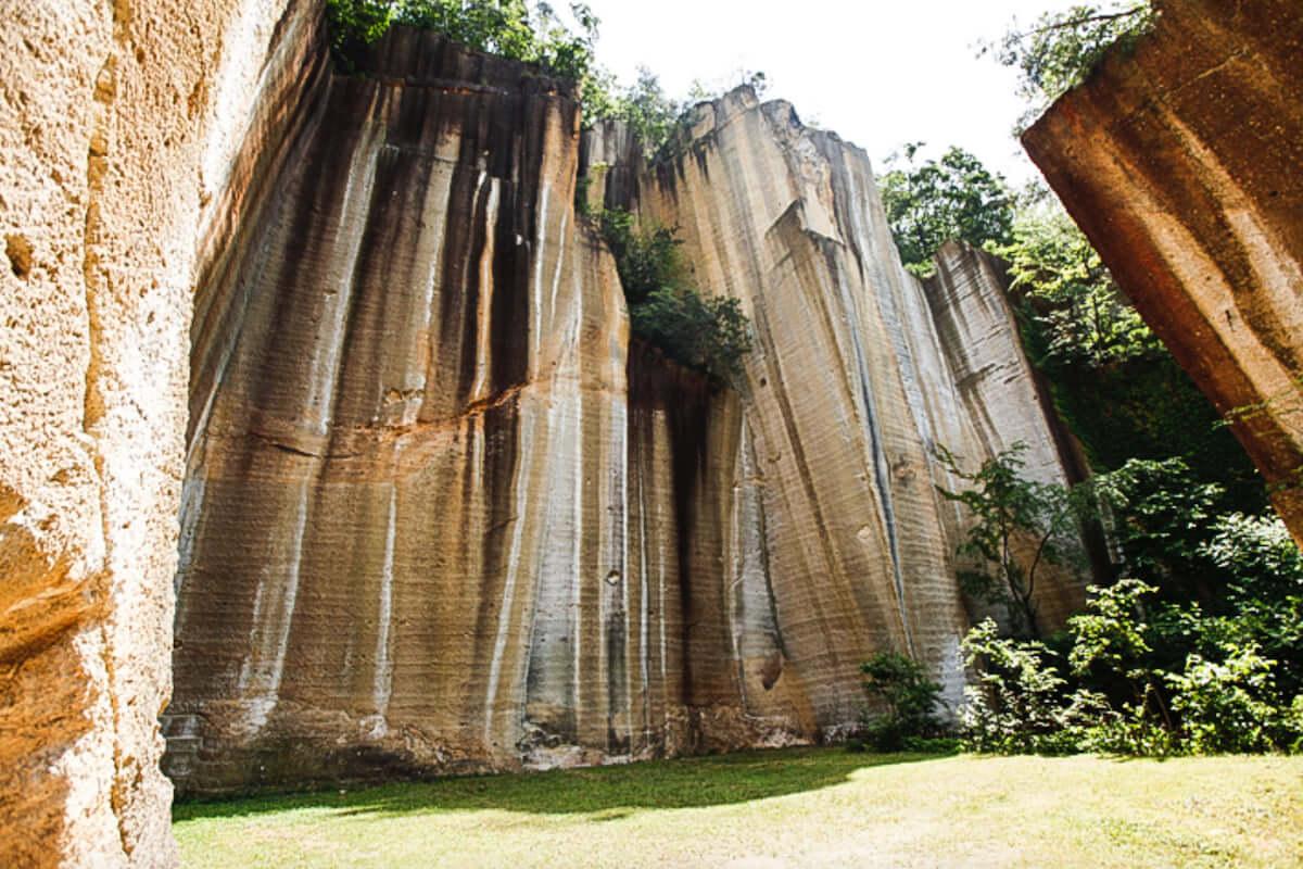 高さ50mの絶壁で新野外フェス|Licaxxx、mabanua、Seiho、tomadらが<岩壁音楽祭>に出演決定 mu190226-ganpeki1-1200x800