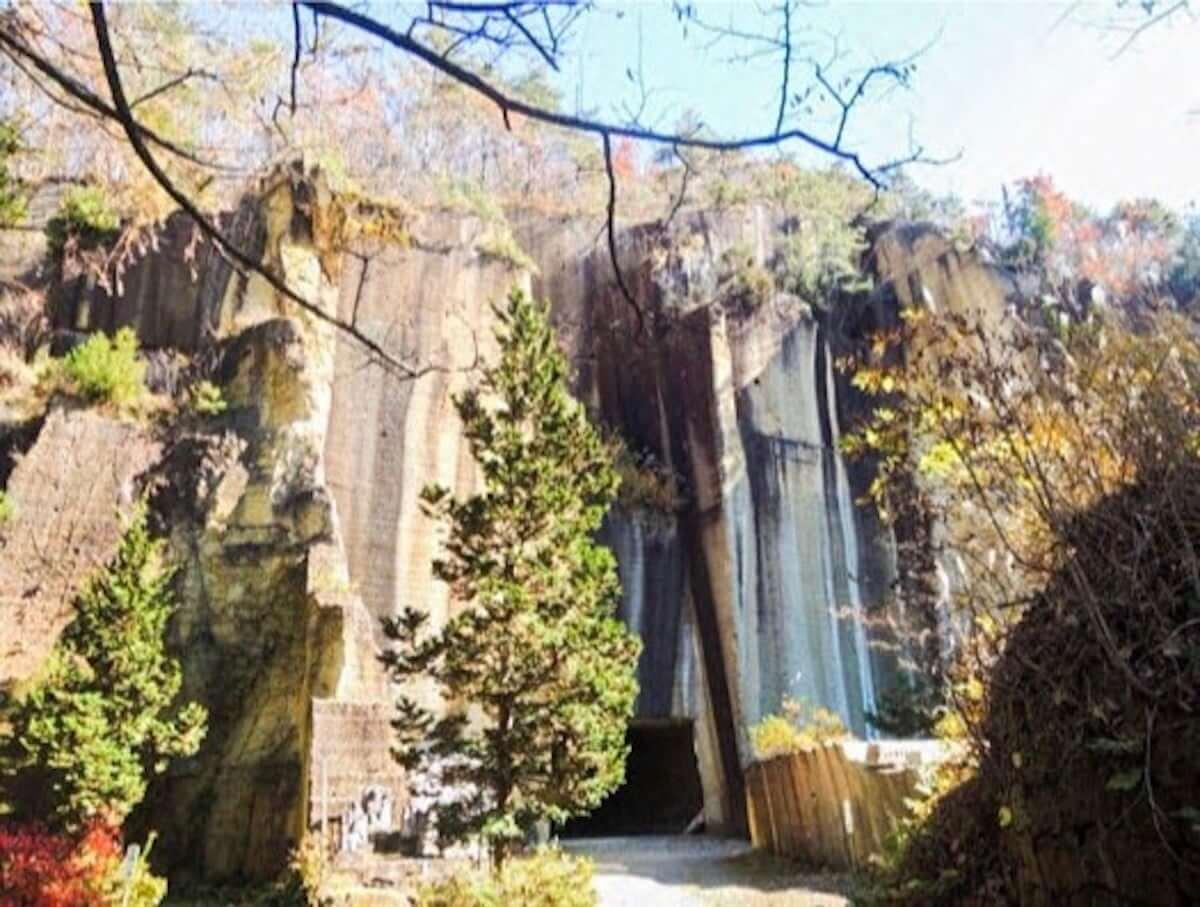 高さ50mの絶壁で新野外フェス|Licaxxx、mabanua、Seiho、tomadらが<岩壁音楽祭>に出演決定 mu190226-ganpeki2-1200x907