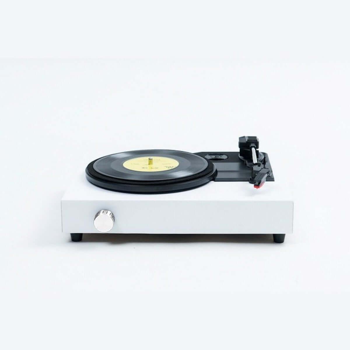 アーティストの選んだレコードが届くサービス「PERSONAL BUYER」第2弾ゲストバイヤーにコムアイ、新羅慎二(若旦那)が参加 music190308-personalbuyer-1-1200x1200