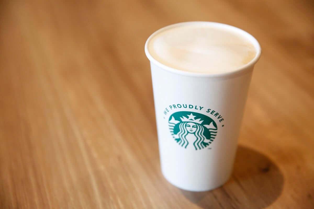 店舗以外でスターバックスのコーヒーが気軽に楽しめる!We Proudly Serve Starbucks™が4月からスタート gourmet190313-starbucks-1-1200x800