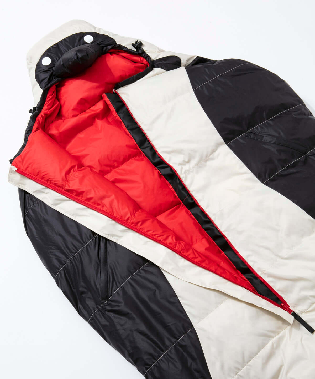 「CHUMS」待望の寝袋シリーズが発売|ブービーバードに変身できる寝袋が登場 life190318_chums_5-1200x1441