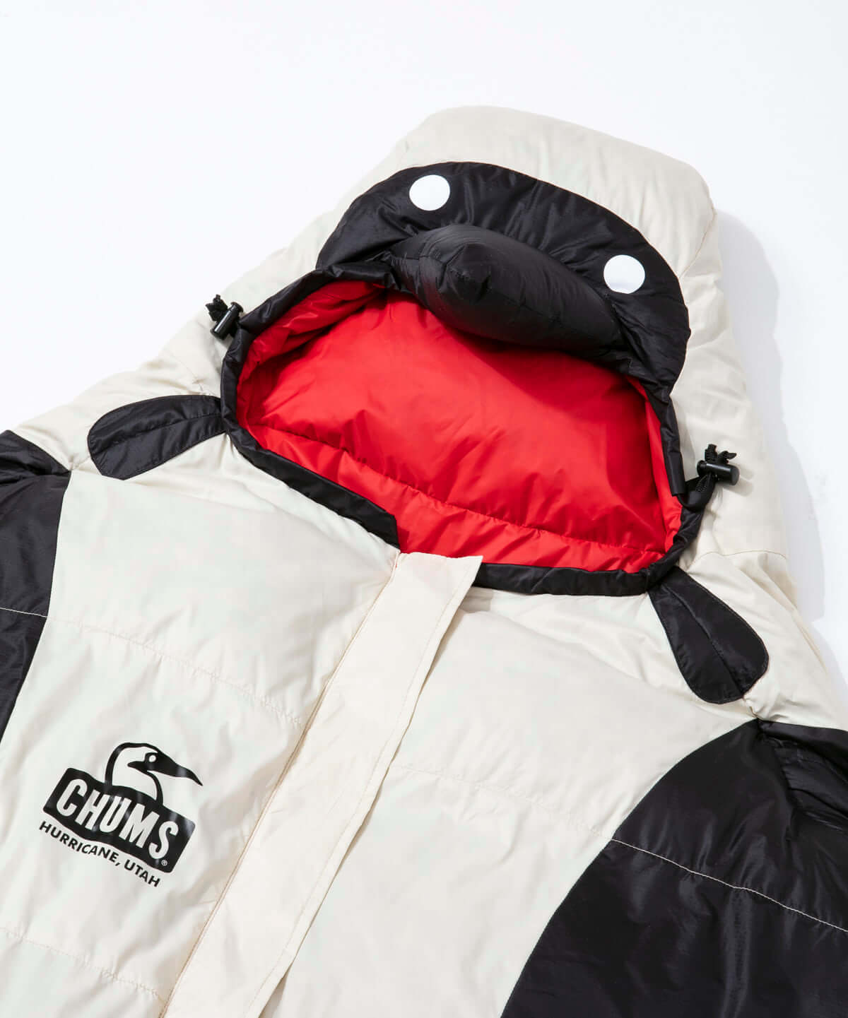 「CHUMS」待望の寝袋シリーズが発売|ブービーバードに変身できる寝袋が登場 life190318_chums_6-1200x1441