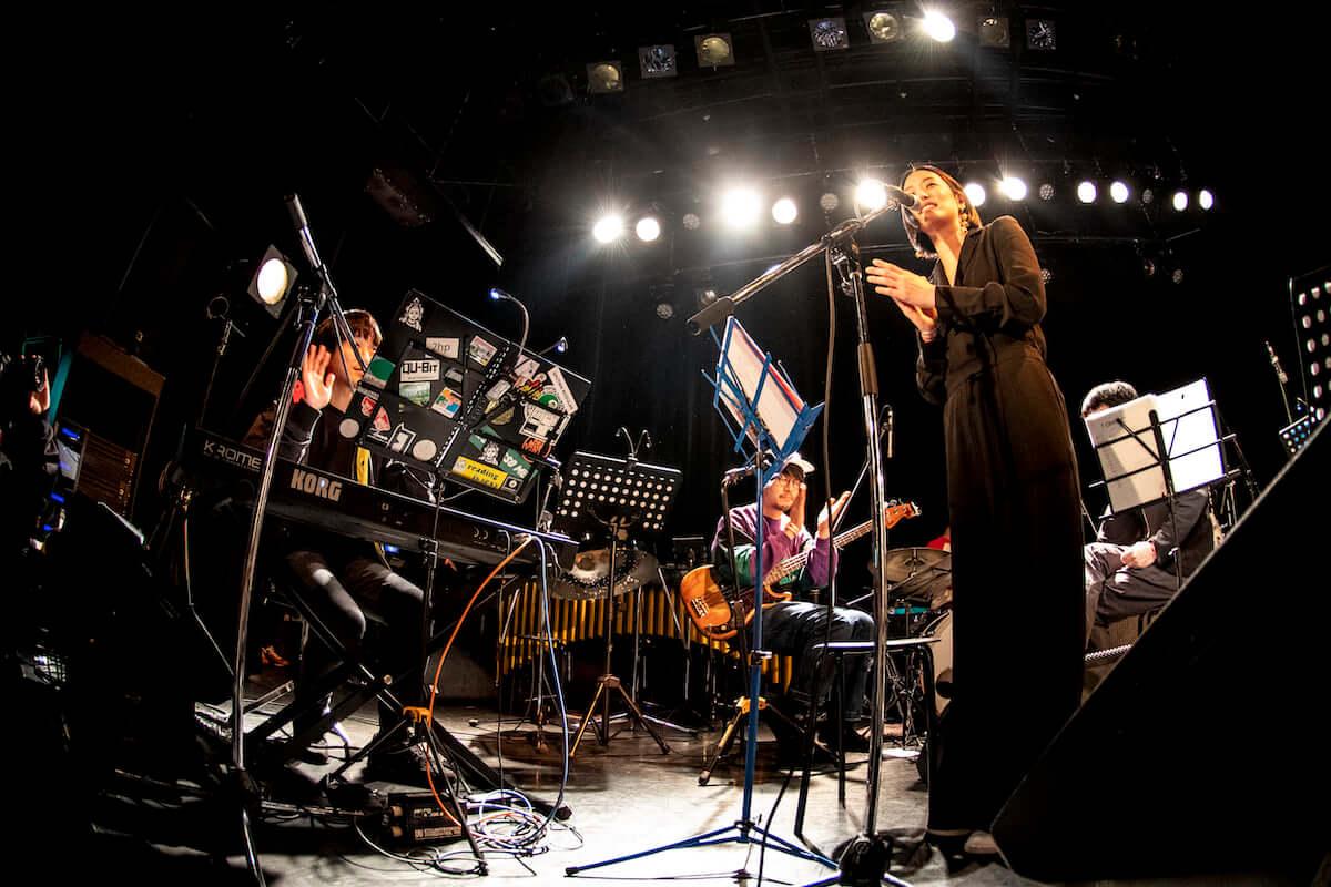 イベントレポート|伝説の即興バトルも復活。音楽フェス<Alternative Tokyo>で都市カルチャーを探求する mu190409_alternativetokyo6-1200x800