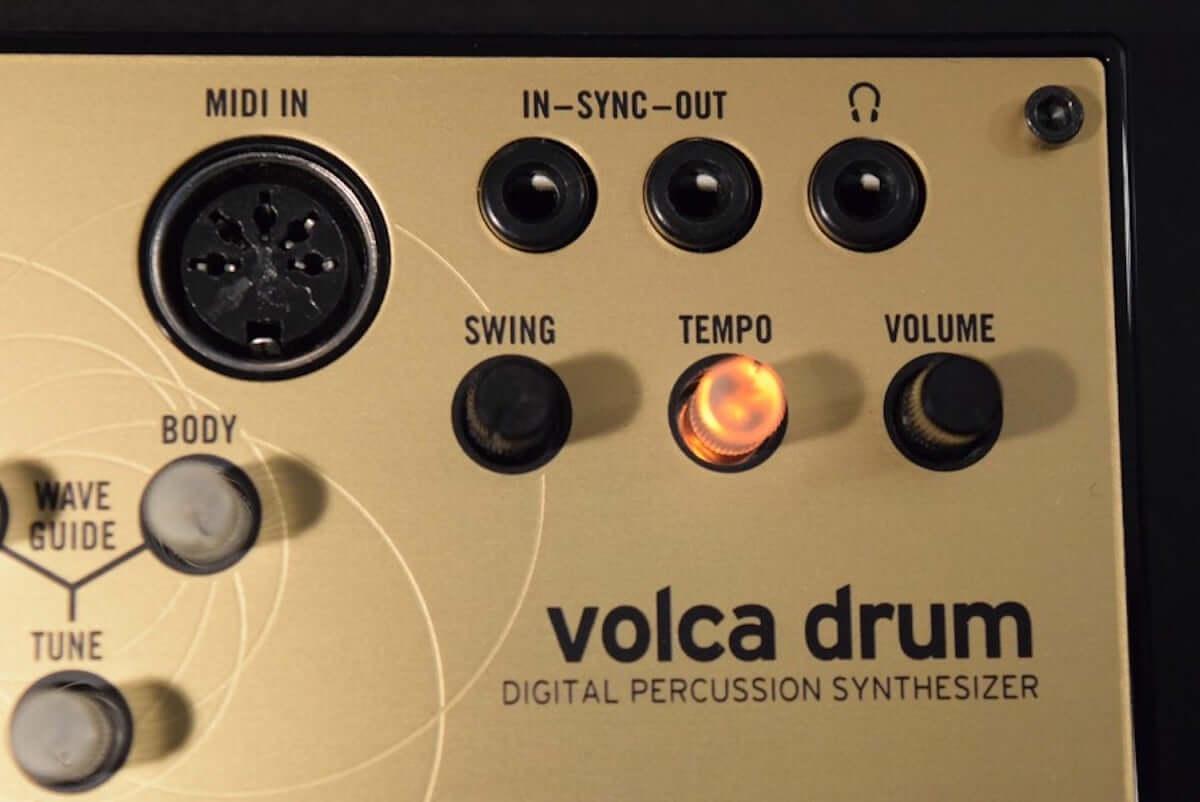 音作りや演奏の自由度が高いデジタル・パーカッション・シンセサイザーKORG『volca drum』のサウンドと魅力 technology190410-korg-volca-drum-3-1200x802