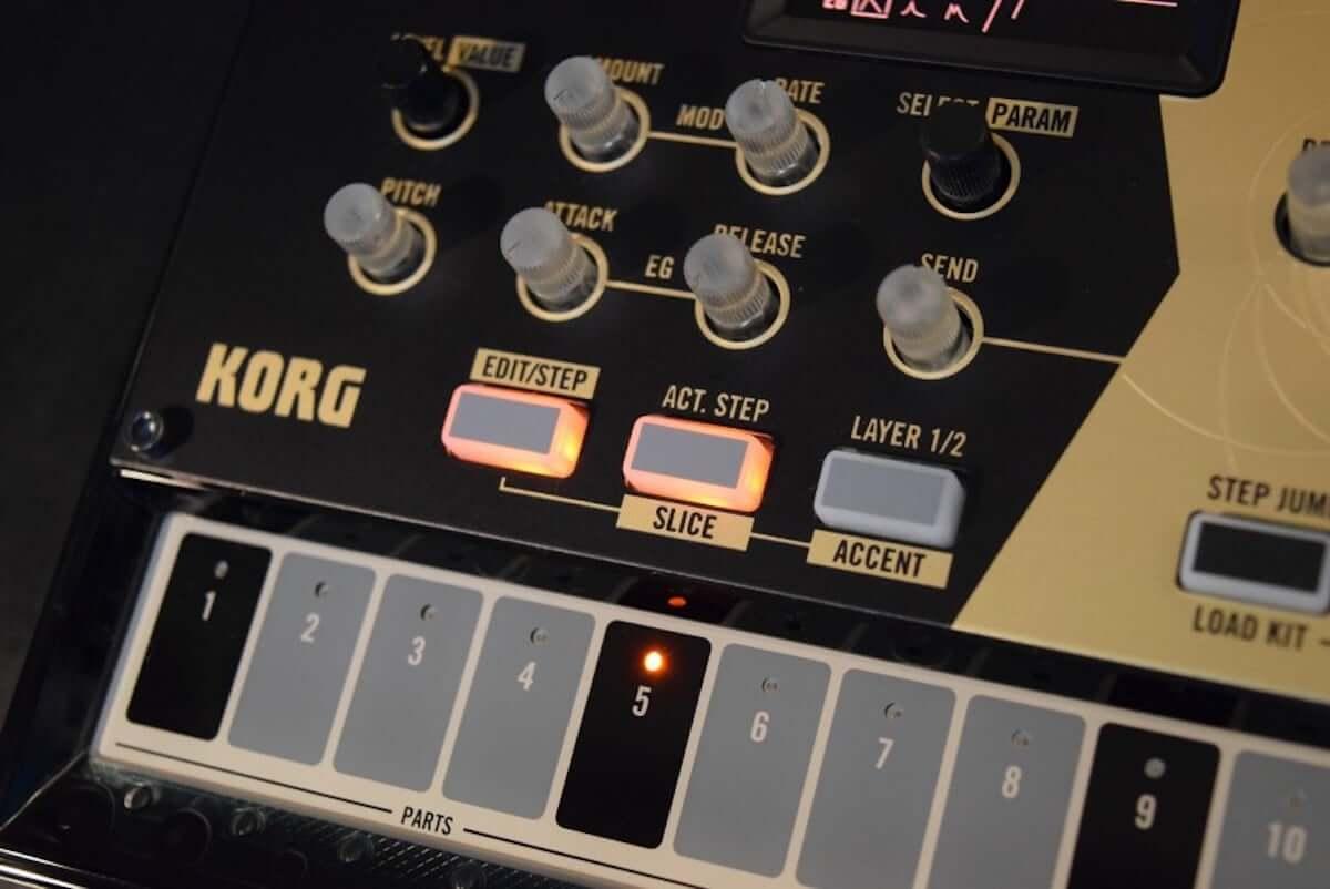 音作りや演奏の自由度が高いデジタル・パーカッション・シンセサイザーKORG『volca drum』のサウンドと魅力 technology190410-korg-volca-drum-8-1200x802