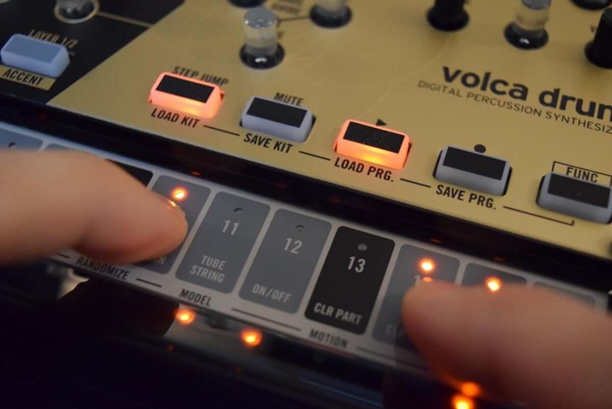 音作りや演奏の自由度が高いデジタル・パーカッション・シンセサイザーKORG『volca drum』のサウンドと魅力 technology190410-korg-volca-drum-9-1200x802
