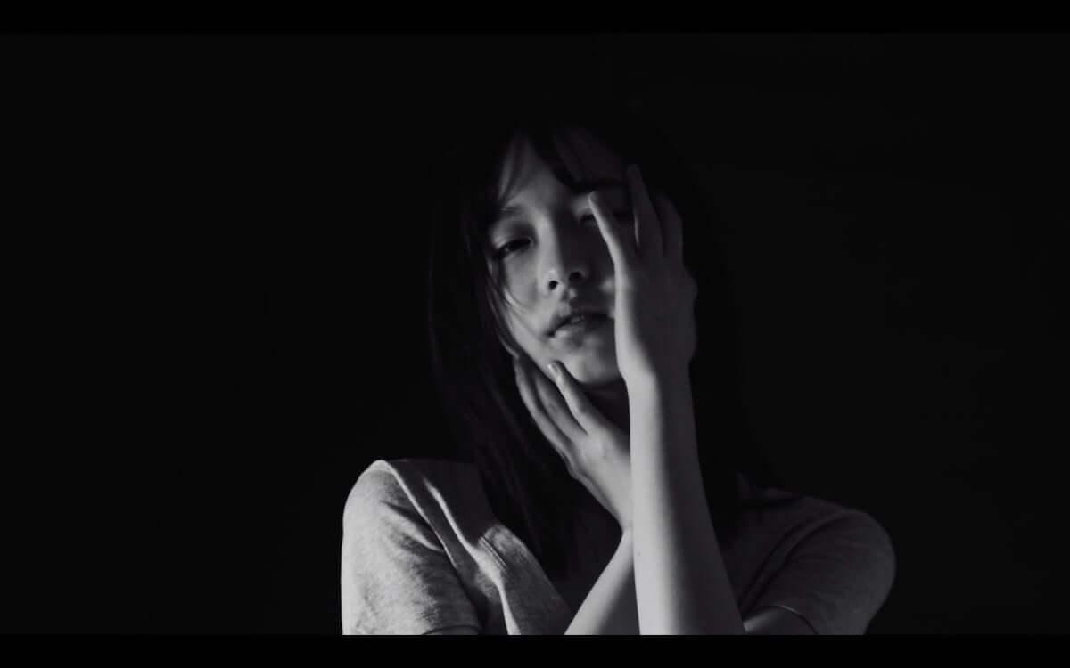 内田珠鈴、City Your Cityカバー曲「nude」MV解禁|5月29日には初のEPも発売決定 music190410_uchidashuri_4-1200x750