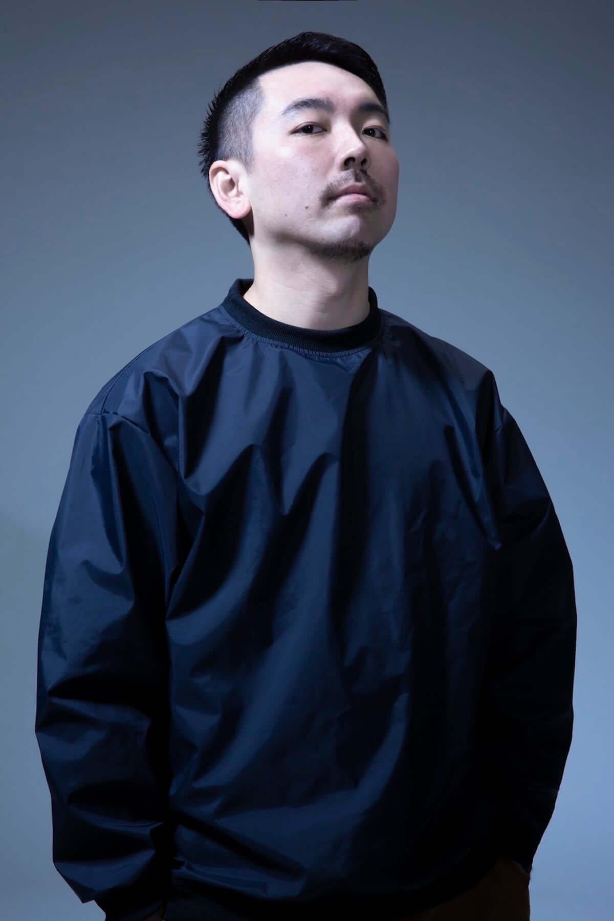 dooooのソロ・アルバム『PANIC』からCreativeDrugStoreのJUBEEを迎えた「Just Another Day」のMVが公開 music190411-doooo-jubee-2-1200x1799