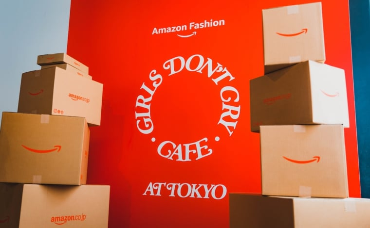 """Girls Don't Cry Meets Amazon Fashion """"AT TOKYO"""""""