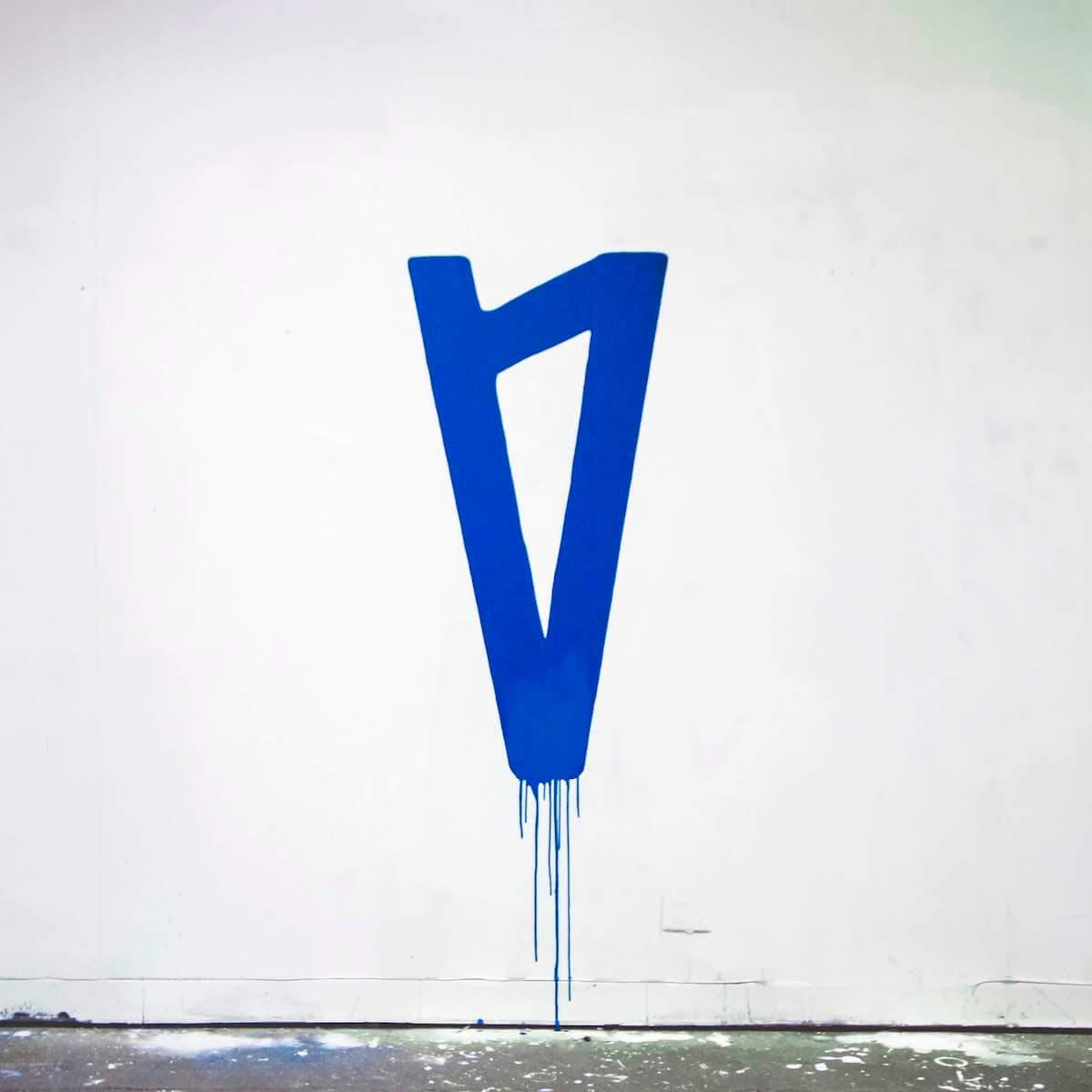新世代ポップスターLAUV、最新シングル「Drugs & The Internet」のCHVRCHESリミックスを発売! music190426_lauv_3