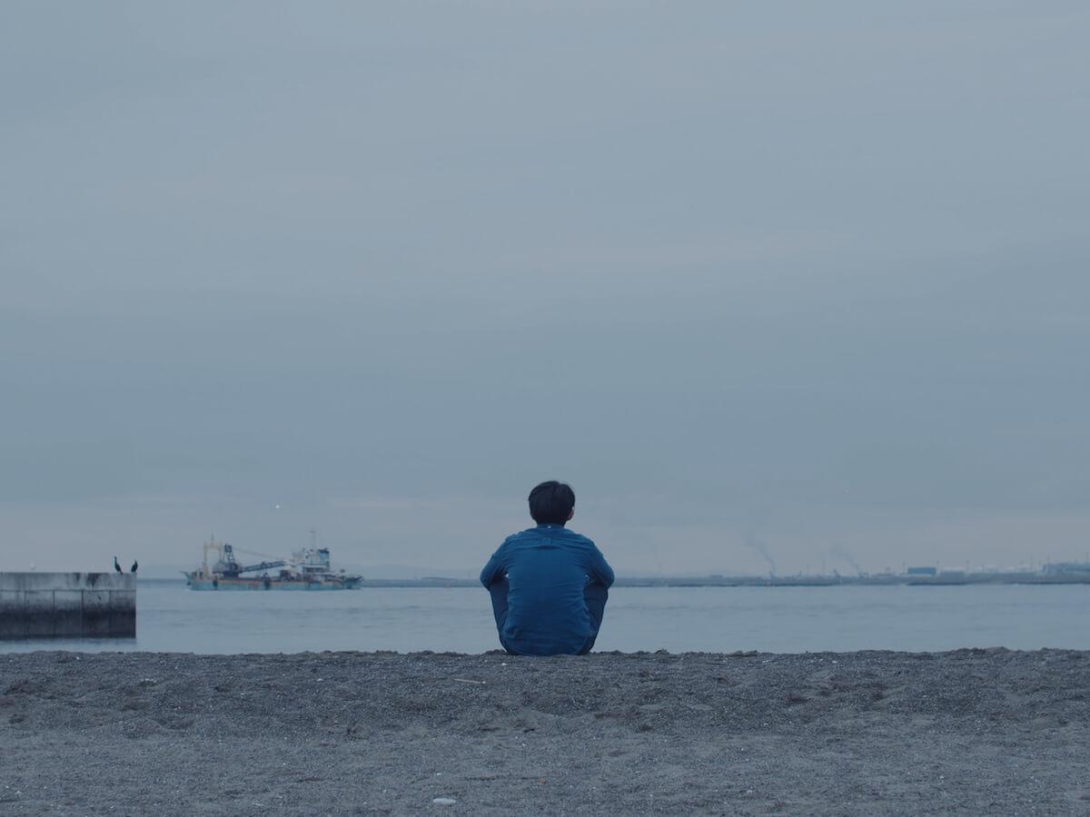 折坂悠太『抱擁/櫂』のミュージックビデオが公開|7インチアナログ盤を6月5日にリリース music190426_orisakayuta_3