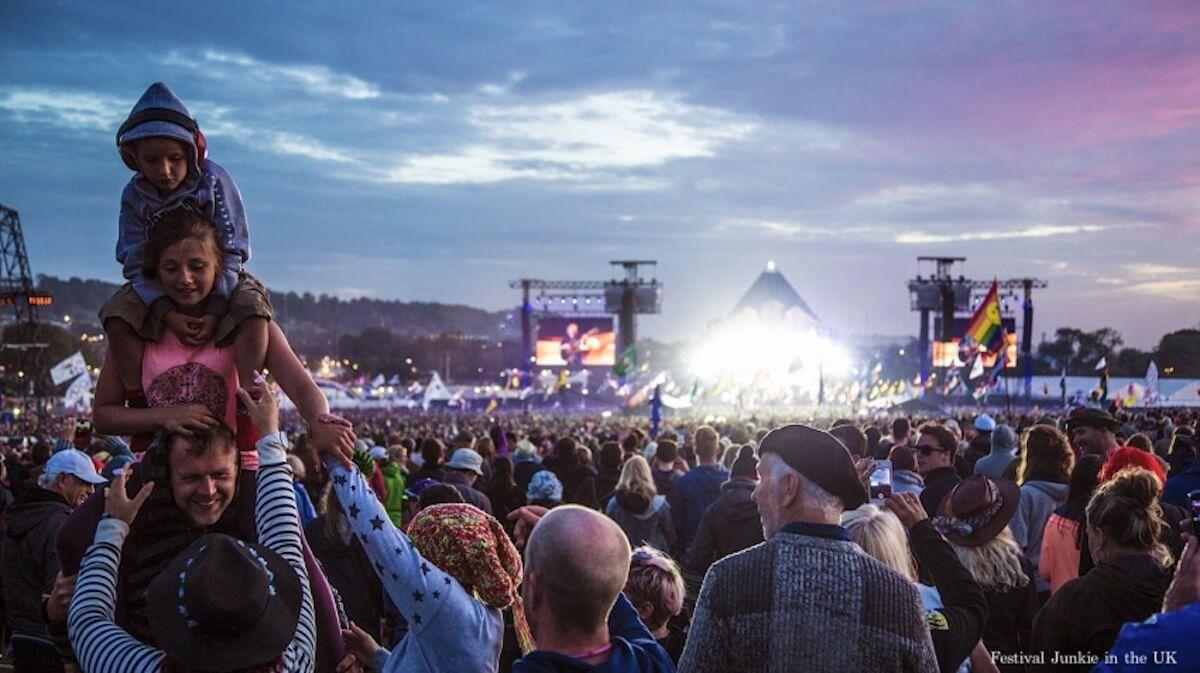 世界の音楽フェスについて語るトークイベントが5月23日開催!『THE WORLD FESTIVAL GUIDE 世界の海外フェス完全ガイド』発売記念 music190507_theworldfestivalguide_7