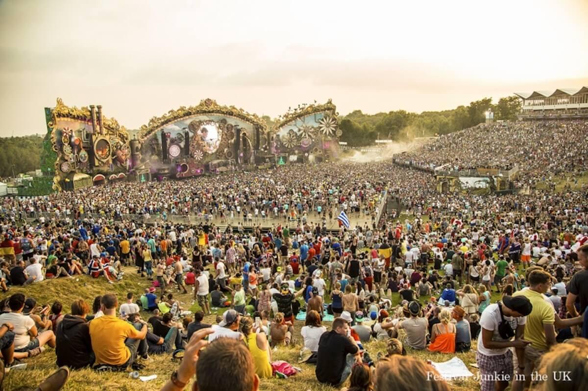 世界の音楽フェスについて語るトークイベントが5月23日開催!『THE WORLD FESTIVAL GUIDE 世界の海外フェス完全ガイド』発売記念 music190507_theworldfestivalguide_6