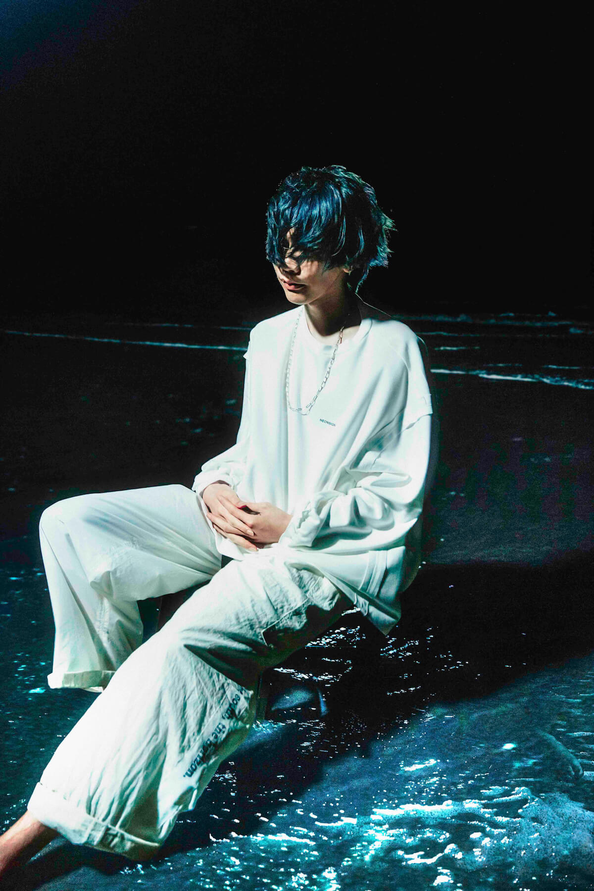米津玄師、5月30日発売『ROCKIN'ON JAPAN』7月号の表紙に!『海獣の子供』主題歌についてのインタビューも music190507_yonezukenshi_2