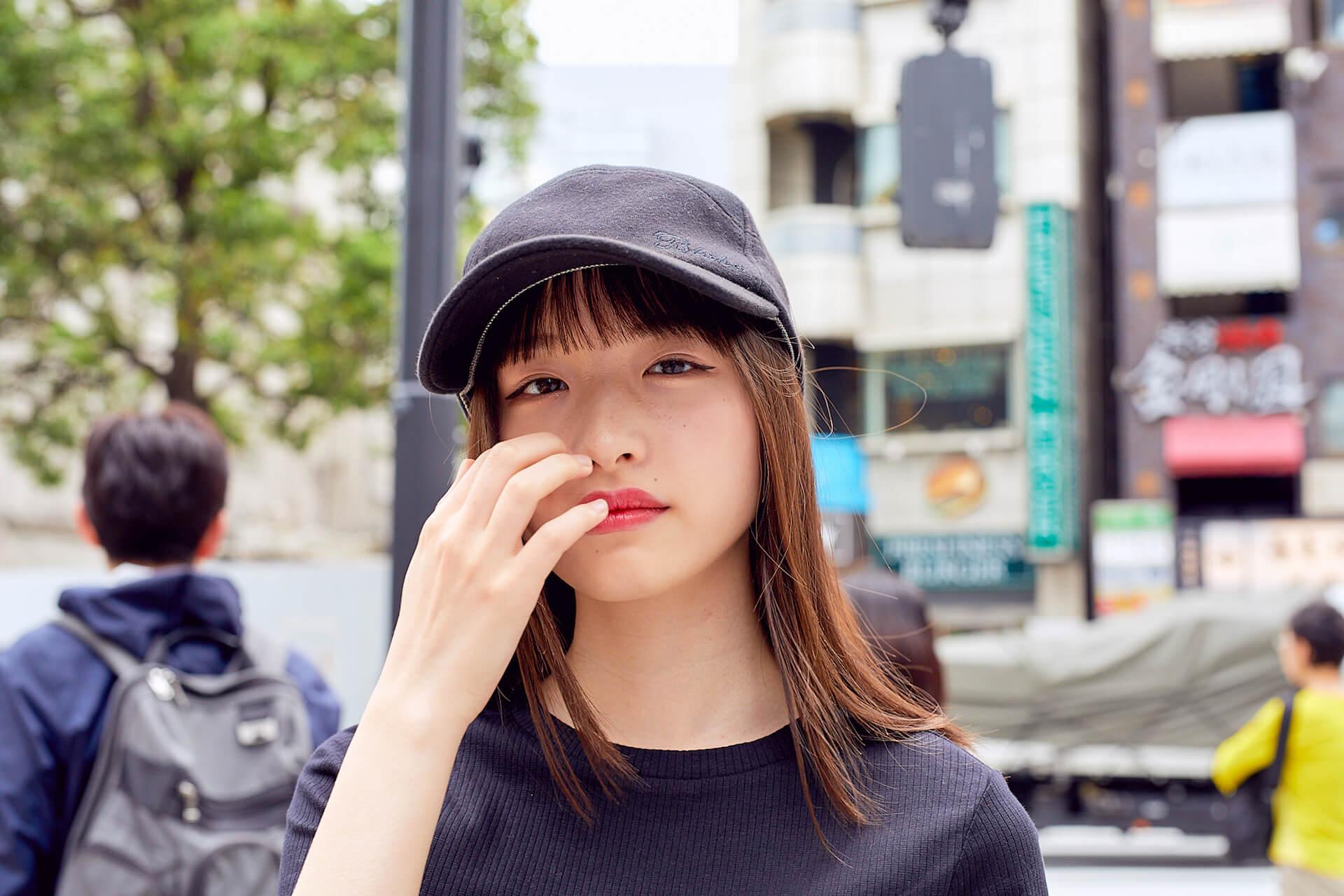 内田珠鈴はなぜ、自分をさらけ出そうと思ったのか? 初EP『光の中を泳ぐ』について語る interview190517-uchida-shuri-1