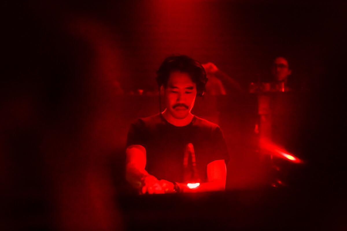 アムステルダムの撮影禁止クラブに潜入、Rush Hourアニバーサリーパーティーをレポート 2Q8A8853