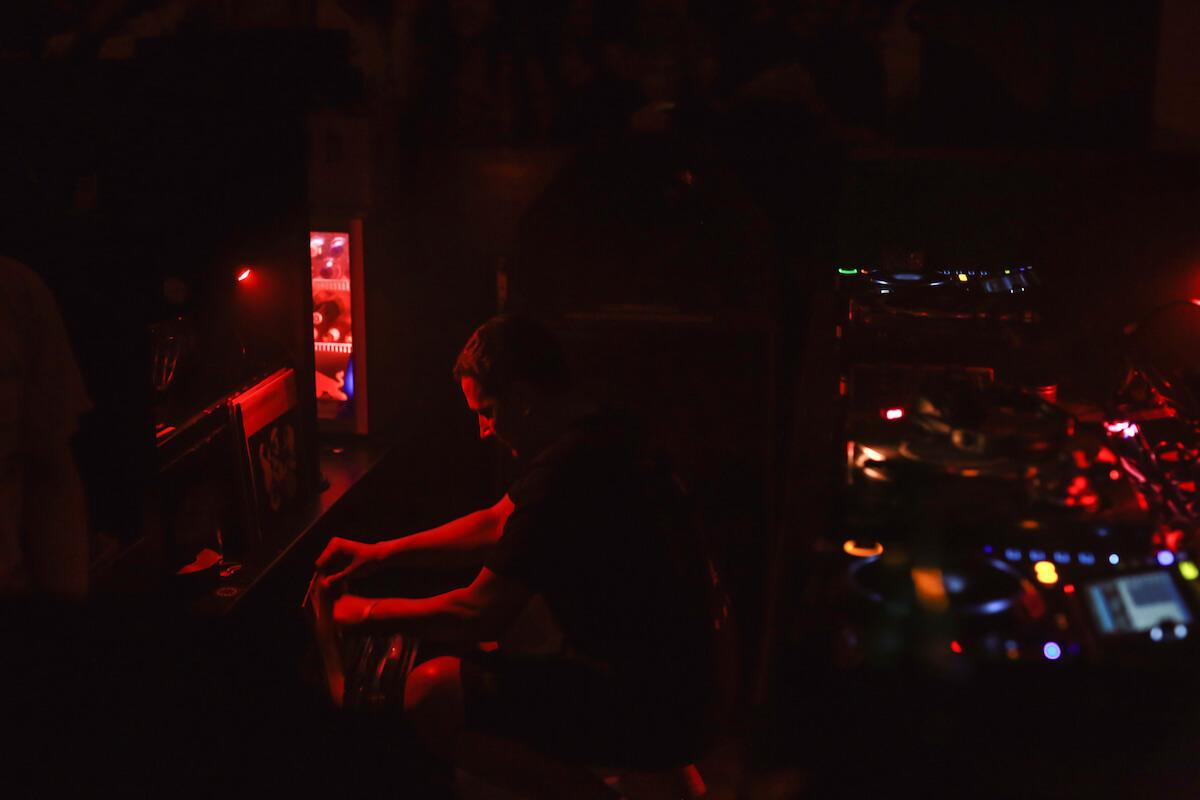 アムステルダムの撮影禁止クラブに潜入、Rush Hourアニバーサリーパーティーをレポート 2Q8A9470