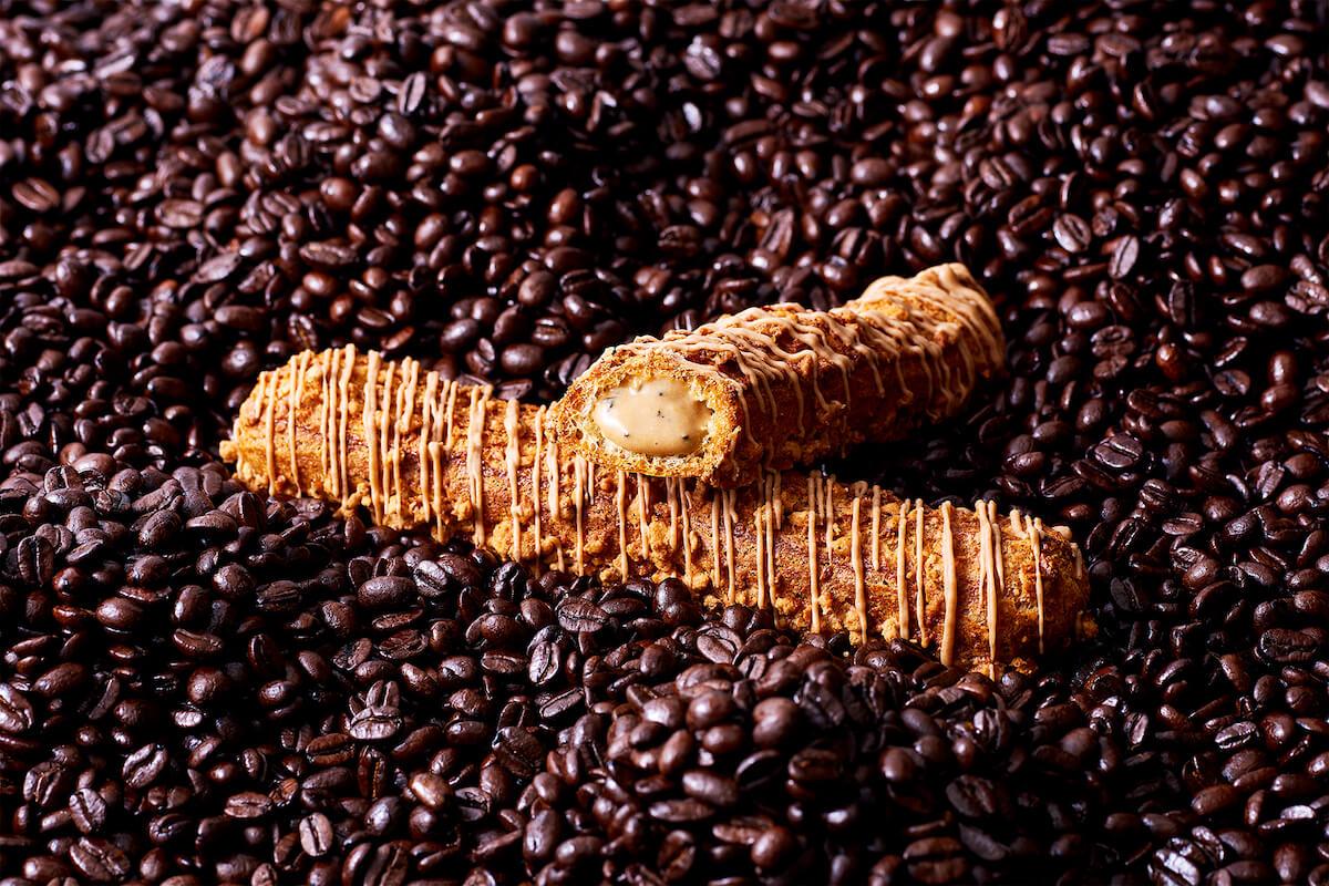 シュークリーム専門店「クロッカンシュー ザクザク」、初夏にぴったりのほんのりビターなフレーバー「コーヒーザク」期間限定販売! gourmet190527zakuzaku_1