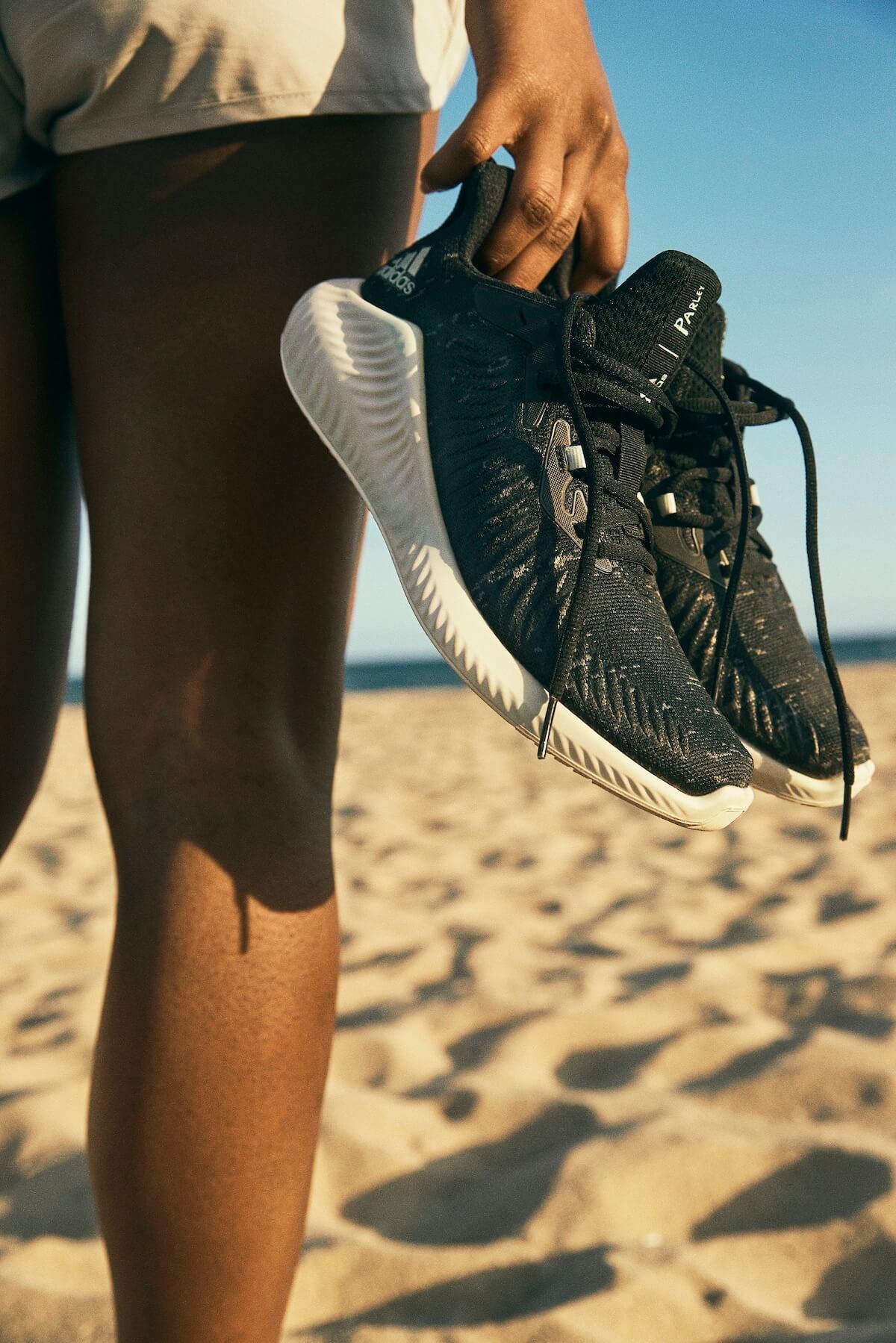 1km走るごとに1ドル寄付!アディダス<RUN FOR THE OCEANS>開催|プラスチック廃棄物を用いたシューズも話題 lifefashion190529runfortheoceans_6