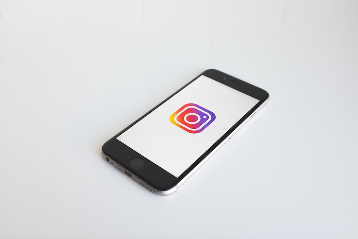 Instagramのストーリーズに音楽に同期した歌詞を表示できる機能が追加 tech190607_instagram_main