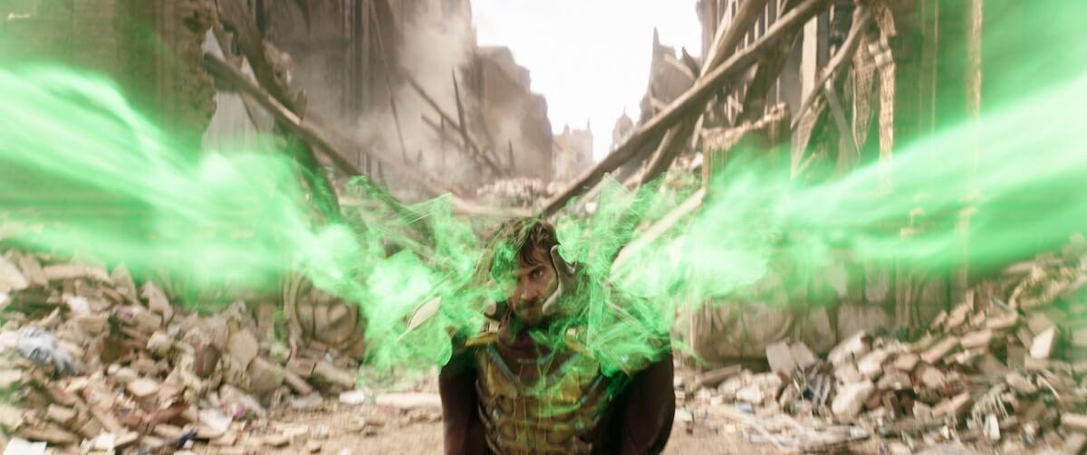 ミステリオは敵か味方か......新映画「スパイダーマン」TVスポット「最新鋭スーツ編」が公開! film190612_sffh_2