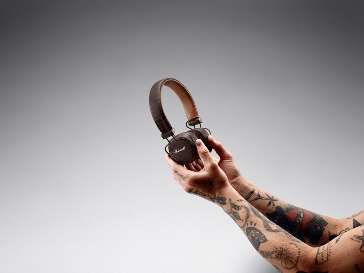 Marshallの人気ヘッドホンシリーズにブラウン・ホワイトの2色が登場!有線&Bluetooth無線も tech190617_marshall_major3_23