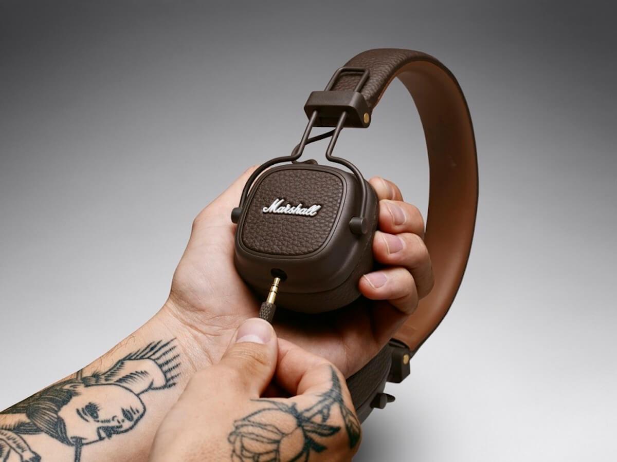 Marshallの人気ヘッドホンシリーズにブラウン・ホワイトの2色が登場!有線&Bluetooth無線も tech190617_marshall_major3_20