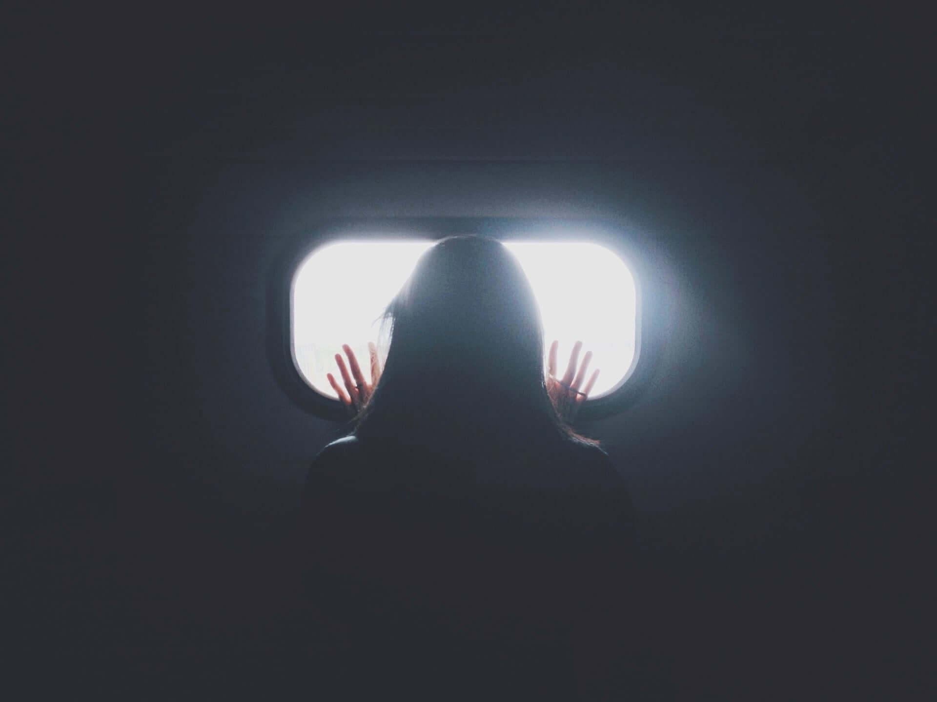 カナダ人女性が誰もいない飛行機に閉じ込められる life190625_airplane_alone_main-1920x1440