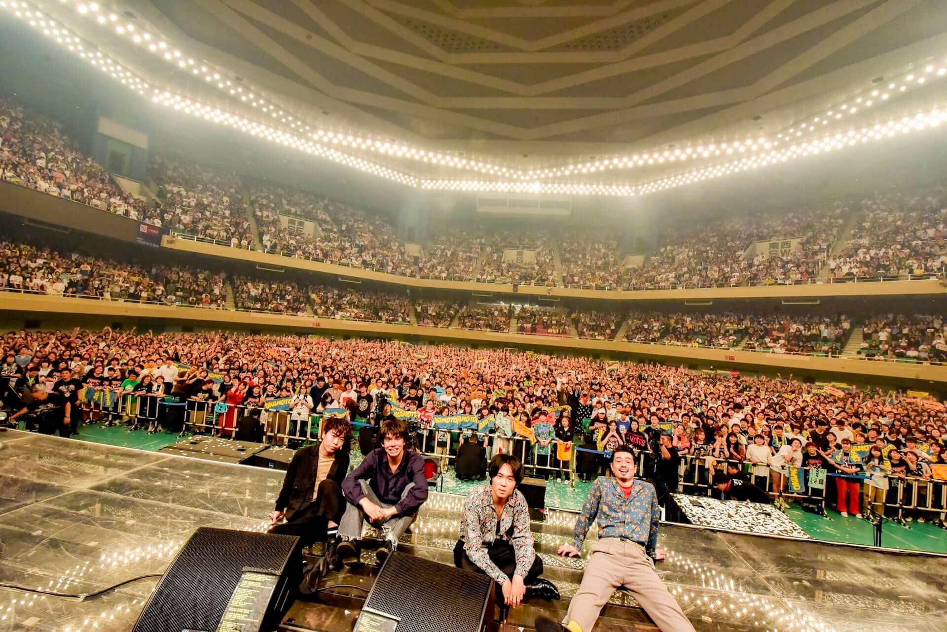 デビュー10周年を迎えたOKAMOTO'S、初の武道館ワンマン公演を超満員の観客が祝福! music190628_okamotos_main-1920x1283