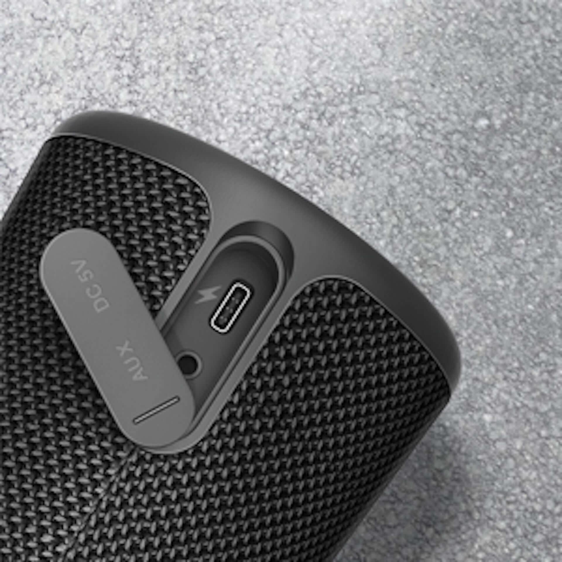 どんな水でも大丈夫、360°方向に迫力ある低音を!Earfun UBOOM Bluetooth5.0 ワイヤレススピーカーが登場 technology190719eaefun-bluetooth_6-1920x1920